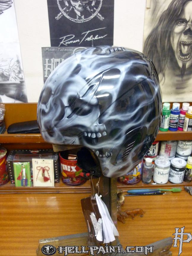 АAirbrushing skull